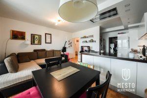 stanovanje v Mostah